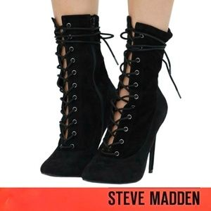 Steve Madden Satisfied Pointed Toe Boots